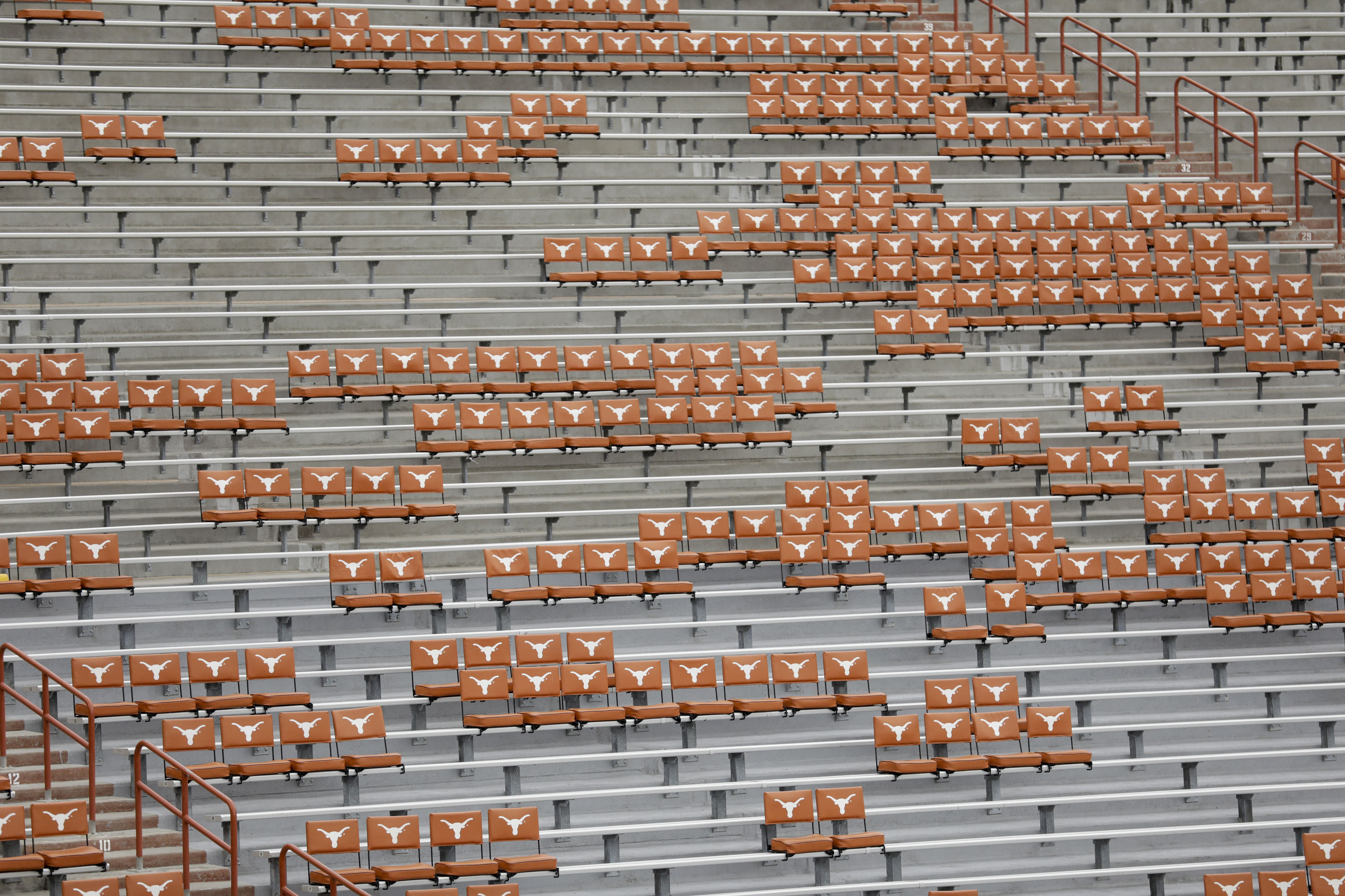 Texas Football Dkr Seating Capacity Will Be Limited To 50 In 2020